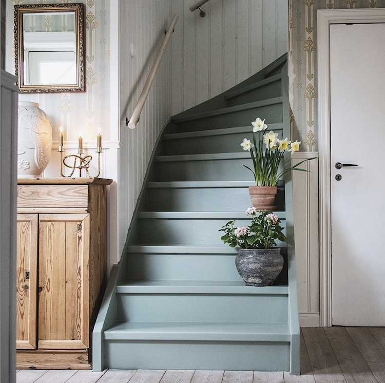 Benjamin Moore Color of the Year 2021 stair inspiration
